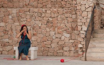 Tessuto Donna uno spettacolo-rito di Alice Bertuzzi